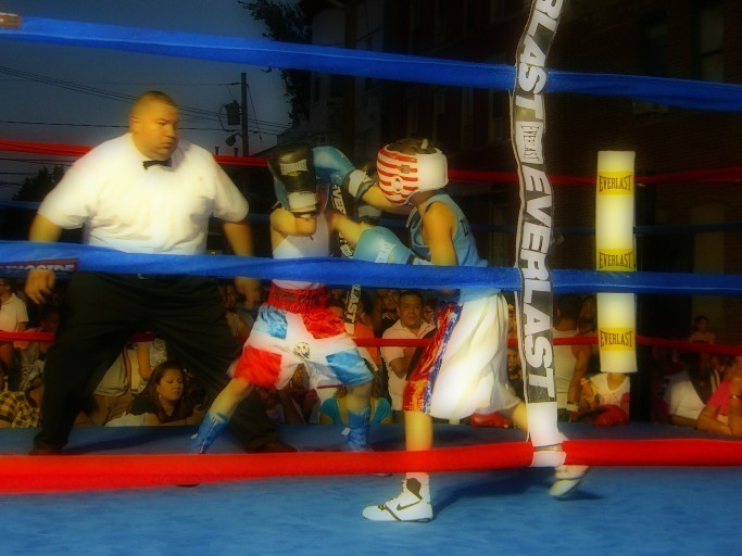 Children boxing in the ring